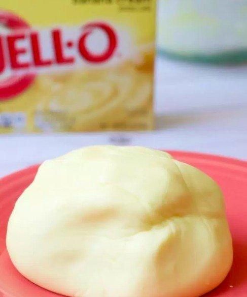 Edible Pudding Play Dough