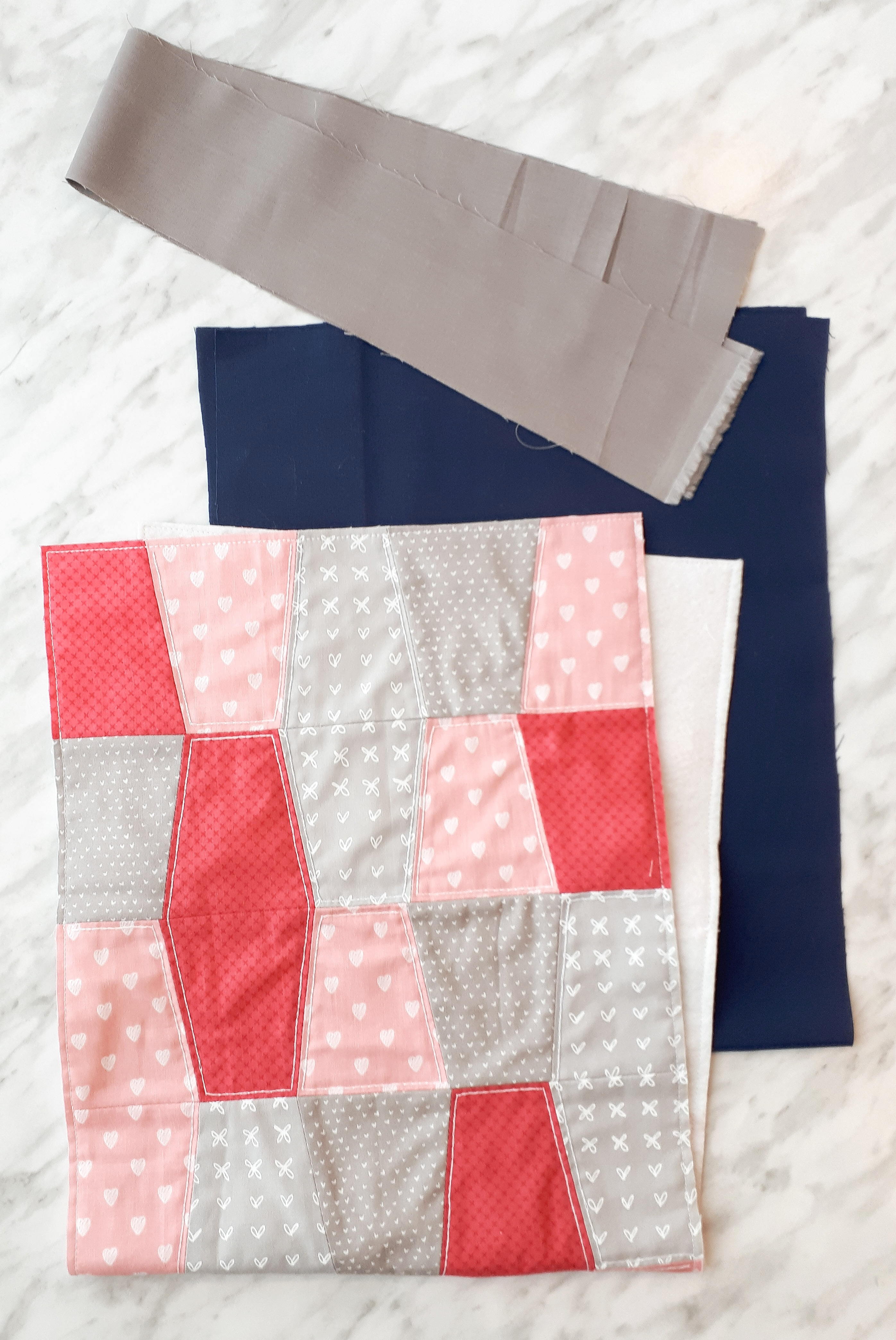 Quilted topper for a diy laptop bag